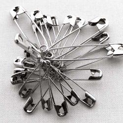 Countess Safety Pins - William Gee Haberdashery UK