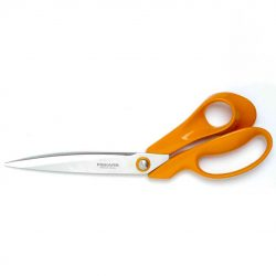 Fiskars Classic Tailors Shears 9843 out of pack