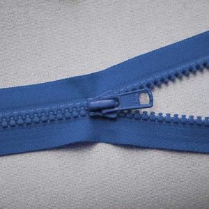 VSO56 colour 557 blue YKK Zip
