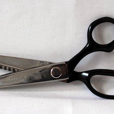 Whiteleys 1975 Pinking Shears