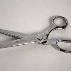 Whiteley's Pinking Shears 1975 - William Gee