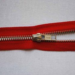 YKK RAO56 No. 5 Open Ended Metal Zip - Red