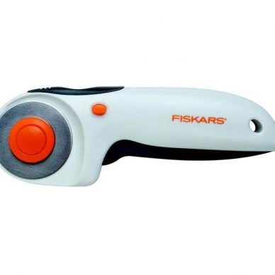 fiskars rotary cutter and ruler combo instructions