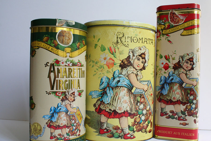 Italian Biscuit tins for larger storage