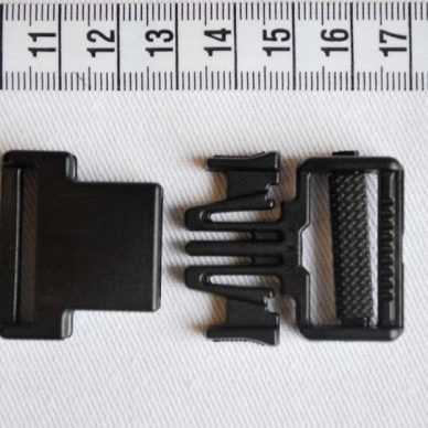 Plastic POM Buckle 25mm - Black