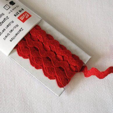 Prym Ric Rac Braid 10mm - Red