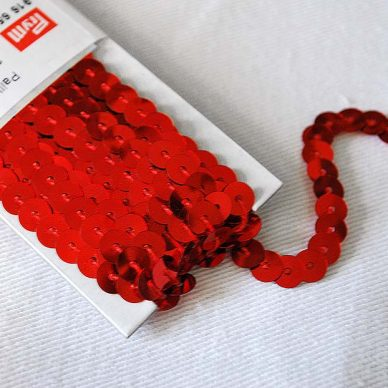 Prym Sequin Trimming - 6mm in Red