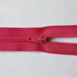 Opti 2120 Nylon No.3 Zips 61cm colour 3697