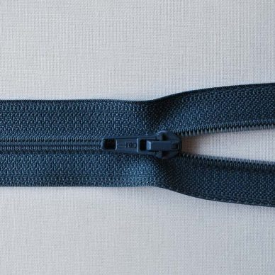 Opti 5200 No 4-5 Weight Zip in Blue 7585 - Open Ended