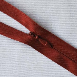 Opti Invisible No.3 Zips – 4300 Closed Ended - colour 0417
