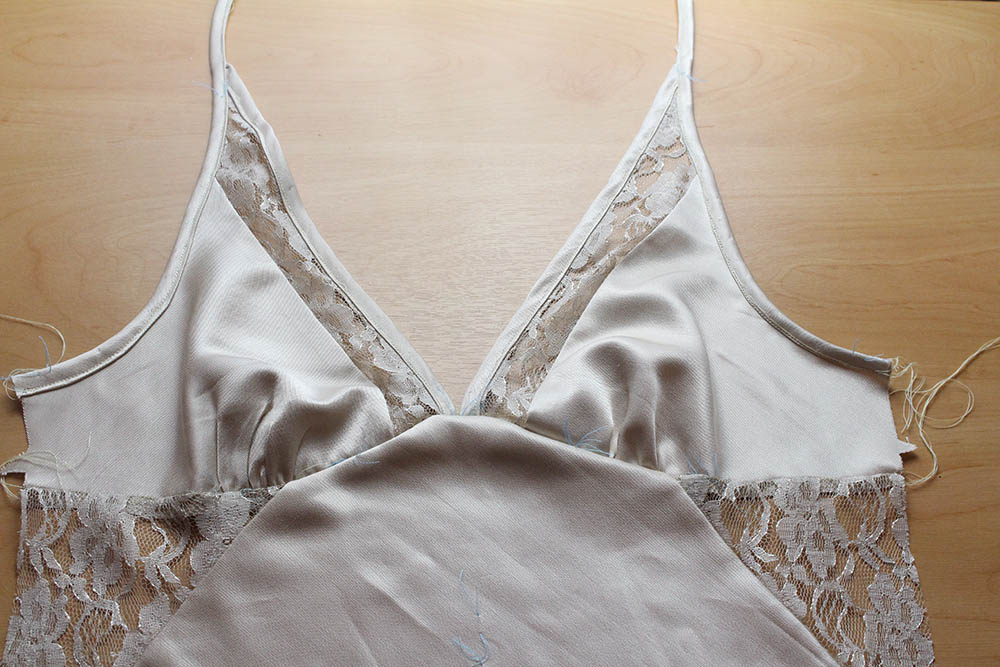 Slip Dress - Picture 9