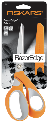 Fiskars RazorEdge Fabric - 21cm - packaging - William Gee
