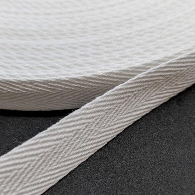 Cotton-Webbing-15mm-White-William-Gee-UK