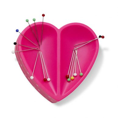 Prm Love Magnetic Pin Cushion - William Gee UK