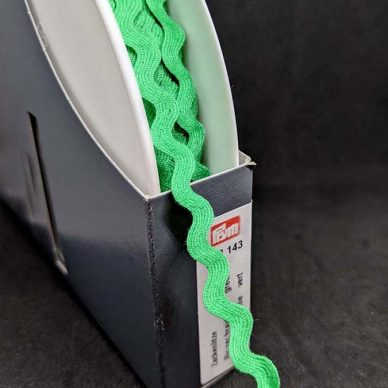 Prym Ric Rac Braid Green 918143 - William Gee UK