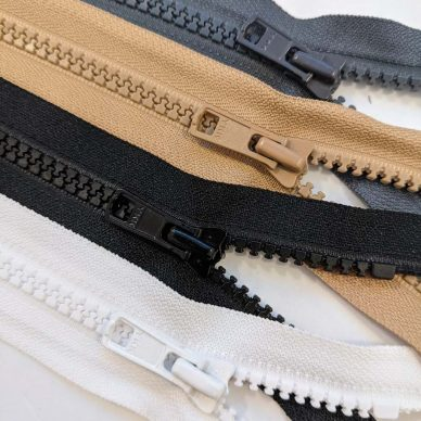 Plastic Overstock Zips - William Gee